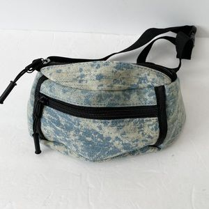 NWOT acid wash denim look waist pack fanny pack